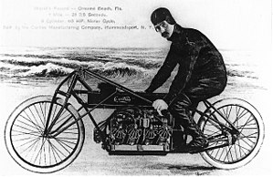 300px-Glenn_Curtiss_on_his_V-8_motorcycle-_Ormond_Beach-_Florida_1907