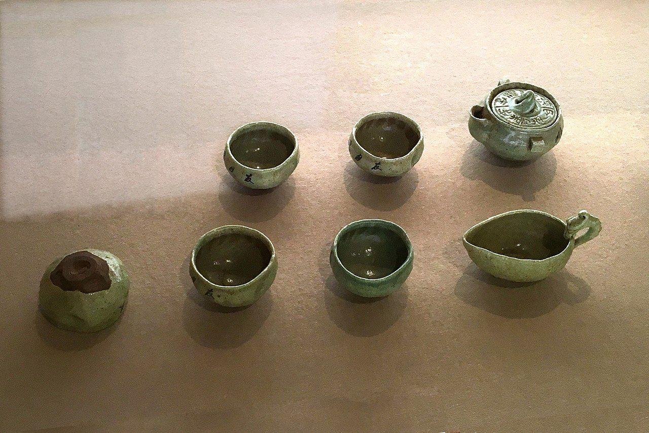 1280px-Aichi_Prefectural_Ceramic_Museum_-91-